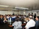 Mesa representativa, autoridades y público presente