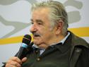 Presidente de la República, José Mujica, respondiendo pregunta a escolar.