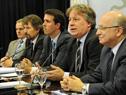 El ministro de Economía y Finanzas, Fernando Lorenzo, hace uso de la palabra.