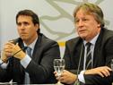 El prosecretario de la Presidencia, Diego Cánepa, y el ministro de Economía y Finanzas, Fernando Lorenzo.