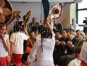 Escolares realizan una baile típico mexicano