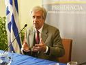 El Presidente Tabaré Vázquez haciendo uso de la palabra en conferencia de prensa