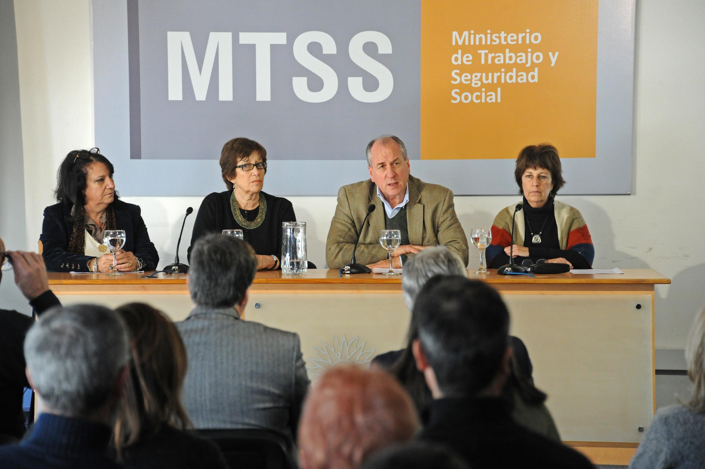 En el mtss ministerio de trabajo y seguridad social de for Oficina seguridad social