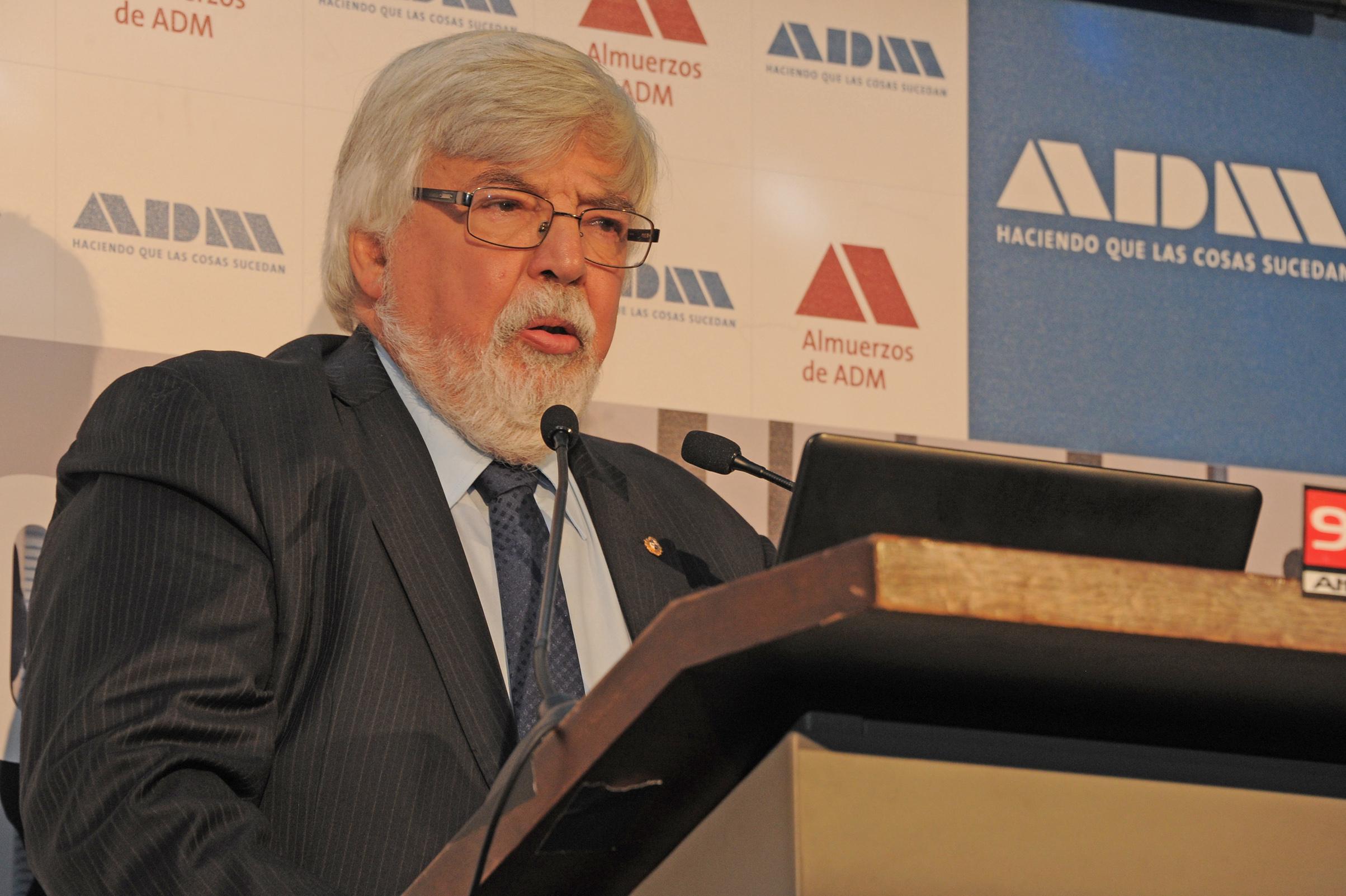El ministro del interior eduardo bonomi disert en adm for El ministro del interior