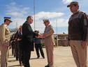 Subsecretario del Interior, Jorge Vázquez, saluda a funcionarios en celebración del 62º aniversario de Policía de Tránsito
