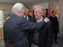 Presidente de la República, Tabaré Vázquez, saluda al Ministro de Economía y Finanzas,  Danilo Astori