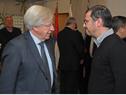 Ministro de Economía y Finanzas,  Danilo Astori, dialoga con el Prosecretario de Presidencia, Juan Andrés Roballo