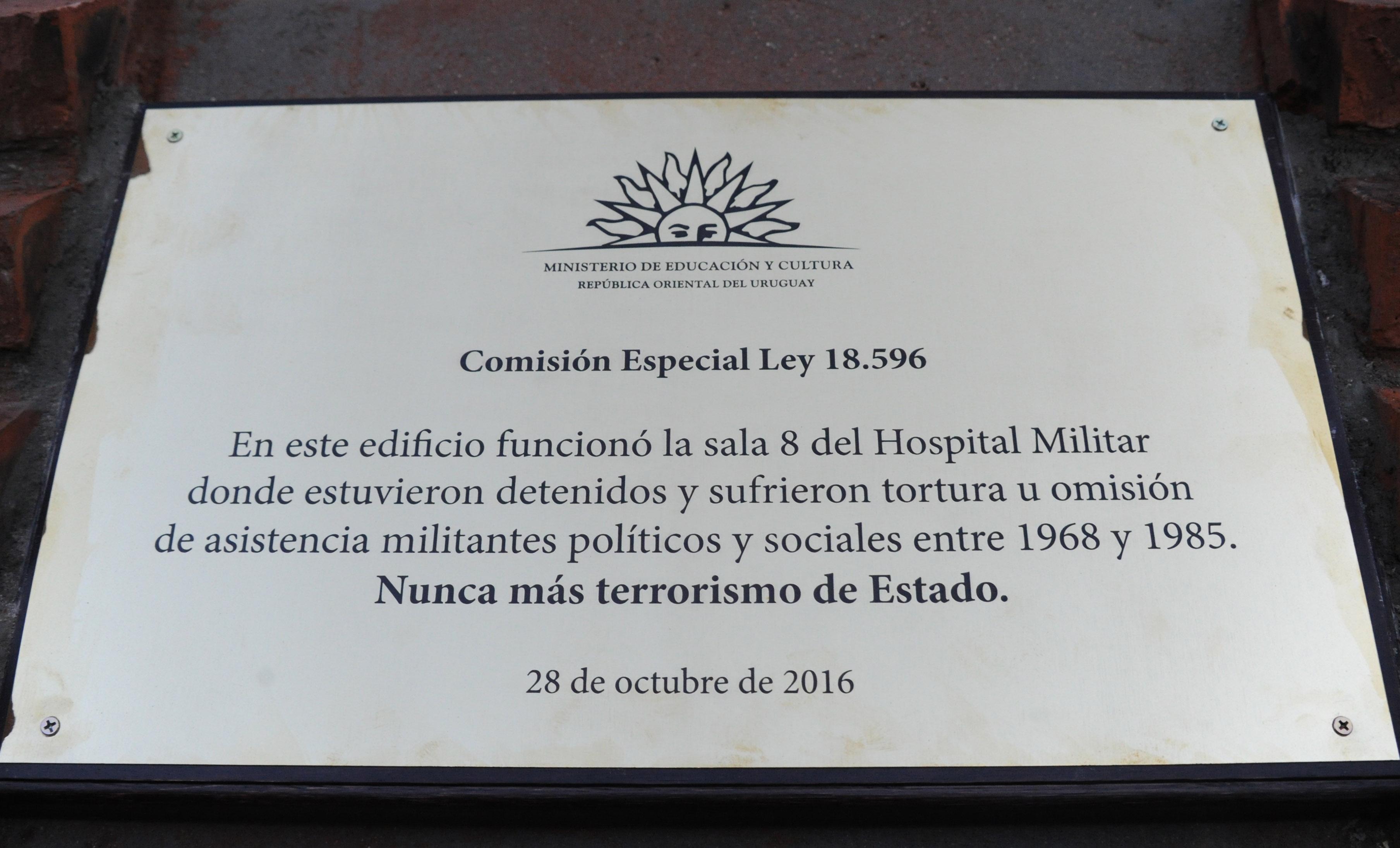 Placa en Hospital Militar en reconocimiento a víctimas de la ...