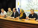 prosecretario de la Presidencia y director superior del Sinae, Juan Andrés Roballo encabezando la conferencia de prensa