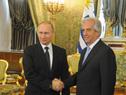 Presidentes Vladimir Putin y Tabaré Vázquez, de Rusia y Uruguay respectivamente