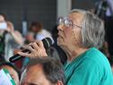 Vecina del Balneario San Luis, realizando las preguntas