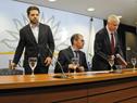 Autoridades, una vez finalizada la conferencia de prensa