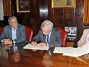 Ministro de Economía y Finanzas, Danilo Astori, representante del BID en Uruguay, Juan Taccone, y ministra de Turismo, Liliam Kechichian