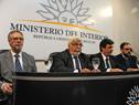 Autoridades del Ministerio del Interior, previo al inicio de la conferencia