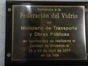 Placa en homenaje a la Federación del Vidrio