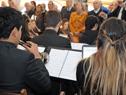 Interpretación del Himno Nacional y otras piezas musicales, por parte de la Orquesta y el Coro Juvenil del Sodre