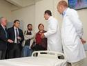 Susana Muñiz, durante la recorrida junto a autoridades y personal del Hospital Pereira Rossell