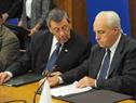 Ministros Rodolfo Nin Novoa y Víctor Rossi durante la firma del acuerdo
