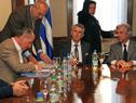 Autoridades en firma del acuerdo marco