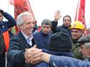 Presidente Tabaré Vázquez saluda a trabajadores