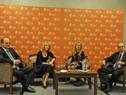 Presidente de Antel, Andrés Tolosa, ministra de Industria, Carolina Cosse, presidenta de Ancap, Marta Jara, y presidente de UTE, Gonzalo Casaravilla