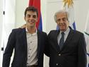 Presidente Vázquez junto a Santiago Urrutia