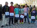 Escolares con el set recibido del Programa de Salud Bucal