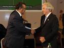 Presidente Tabaré Vázquez saluda a Tedros Adhanom Ghebreyesus, presidente de OMS