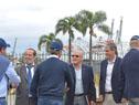 Visita la puerto de Montevideo