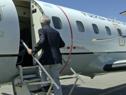 El presidente Tabaré Vázquez aborda un avión de la Fuerza Aérea que lo llevará a Brasilia