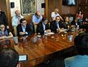 Autoridades de Economía y legisladores del Frente Amplio en conferencia de prensa