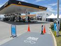 Estación Ancap con recarga para vehículos eléctricos