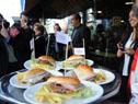 Ministra de Turismo, Liliam Kechichian, encabezó el Chivito Weekend, homenaje al plato más típico
