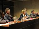 Ministra de Educación y Cultura, María Julia Muñoz, haciendo uso de la palabra