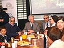 El mandatario recorrió la exposición y desayunó con niños de una escuela rural en el estand del Ministerio de Ganadería.