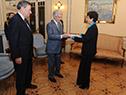 Vázquez recibe cartas credenciales de la embajadora de Israel, Galit Ronen