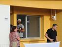Vecinos beneficiarios de viviendas del asentamiento Mailhos en Montevideo