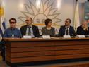 Prosecretario de Presidencia, Juan Andrés Roballo, y autoridades en la presentación del proyecto