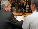 Autoridades durante firma de convenio