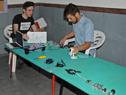 Cursos de robótica, programación y reparación de PC a niños y jóvenes de zonas de contexto crítico
