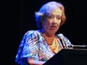 Ministra María Julia Muñoz, haciendo uso de la palabra