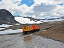 Llegada de las autoridades a las Base Científica Artigas en la Antártida