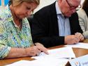 Convenio firmado entre el Ministerio de Turismo y República Microfinanzas SA