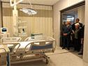 Presidente Vázquez recorre el nuevo hospital del Banco de Seguros junto a autoridades nacionales