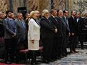 Autoridades Nacionales entonan el Himno Nacional