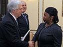 Tabaré Vázquez recibe carta credencial por parte de la embajador de Jamaica, Sharon Joyce Miller