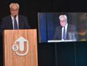 Ministro Víctor Rossi disertó en Desayunos de Trabajo