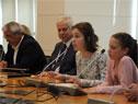 Niños y jóvenes participaron en el Consejo de Ministros