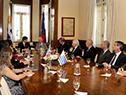 Reunión ampliada con otras autoridades de ambos países
