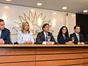 El presidente electo, Luis Lacalle Pou, y su equipo en rueda de prensa